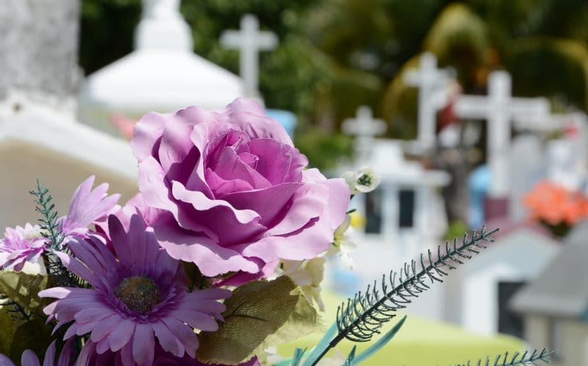 cementerio-948048_1920